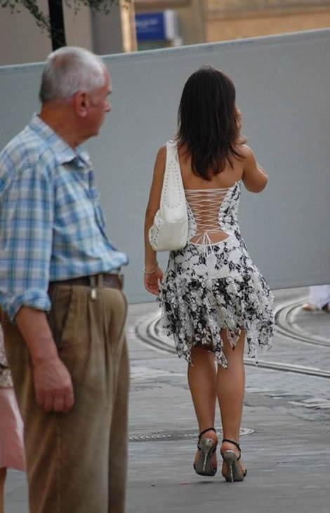 Abuelo tiene sexo con la empleada - 2 part 10