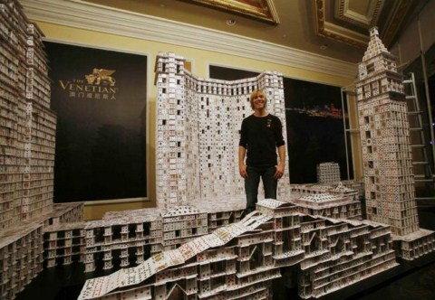 El castillo de naipes más grande del mundo Guinness8-1600x1200
