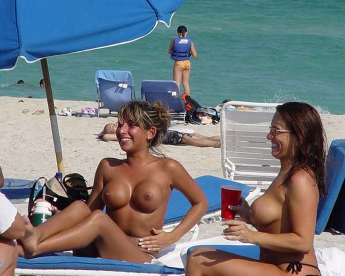 South beach topless girls, hot plus size women