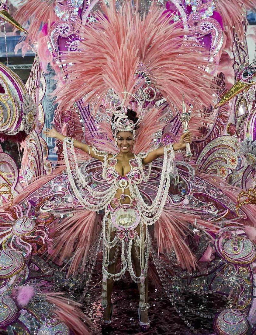El Vestido De Carnaval Más Bonito Del Mundo