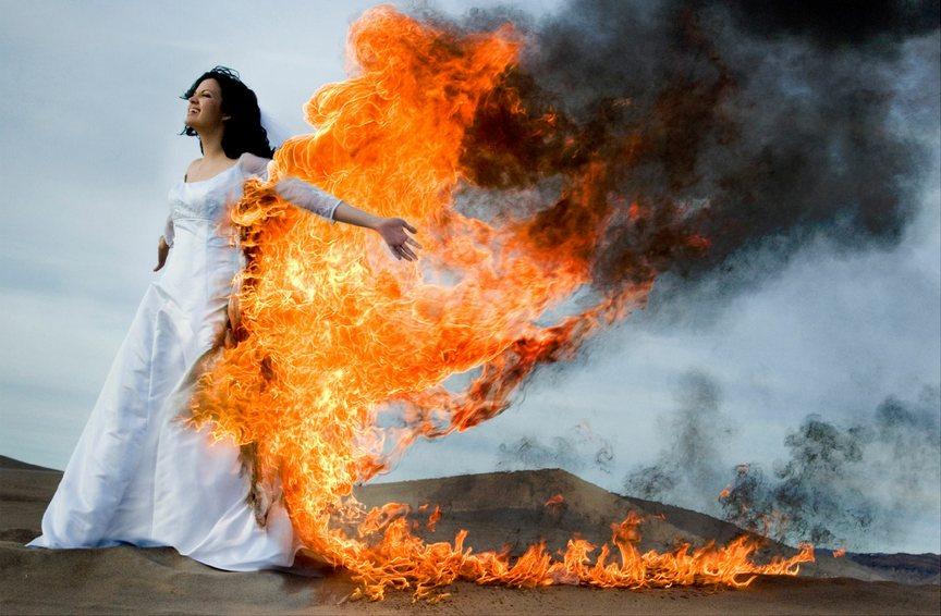 cómo sería una boda en el infierno