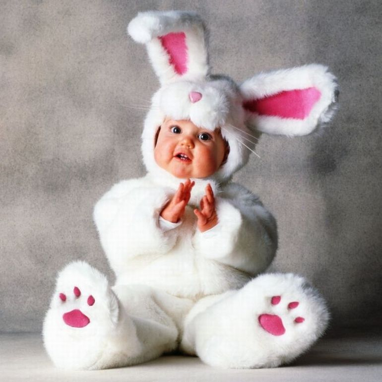 uno de los disfraces más graciosos para un bebé es el de conejo la