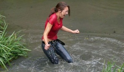 chicas-mojadas-28