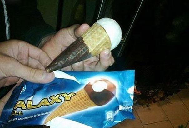 helado de chocolate mal puesto