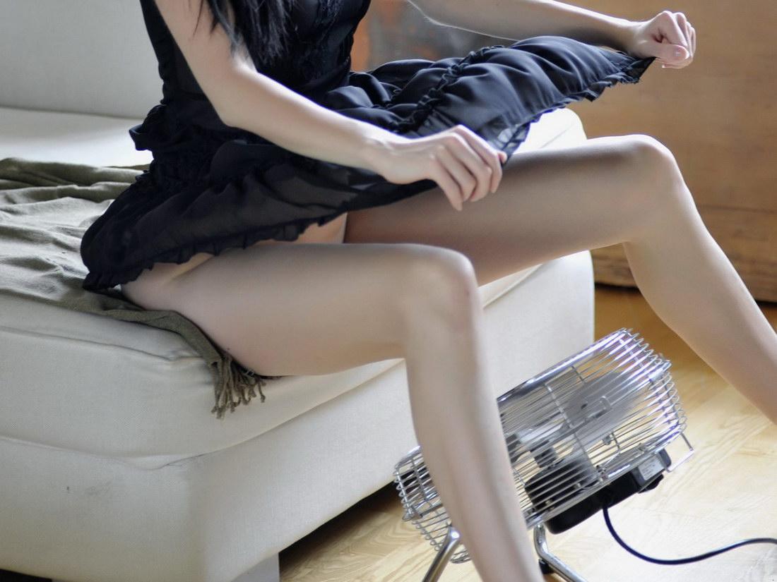 mujer aireandose