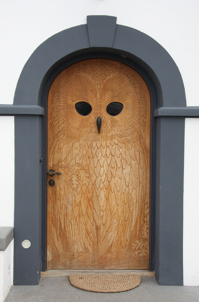puerta buho