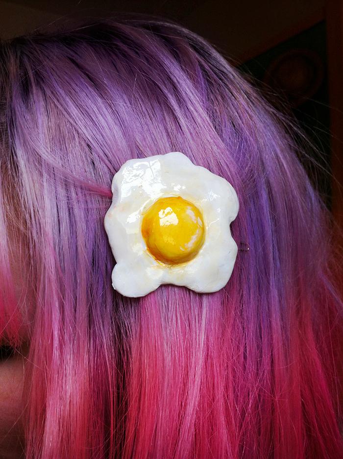 clip con forma de huevo