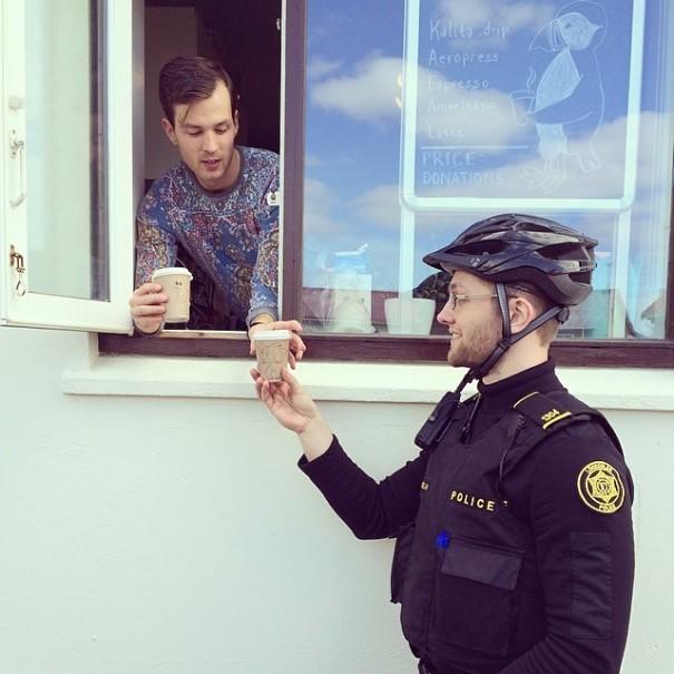 policia de Reikiavik 15