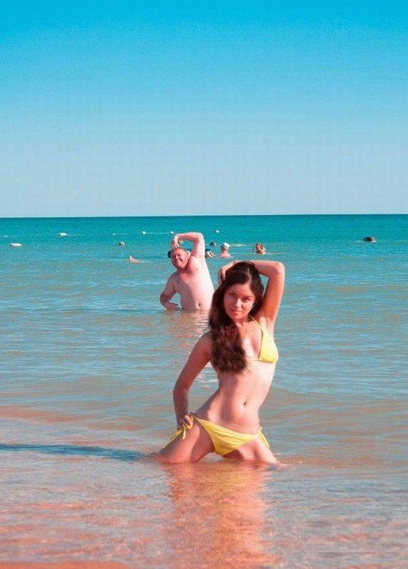 posando en la playa