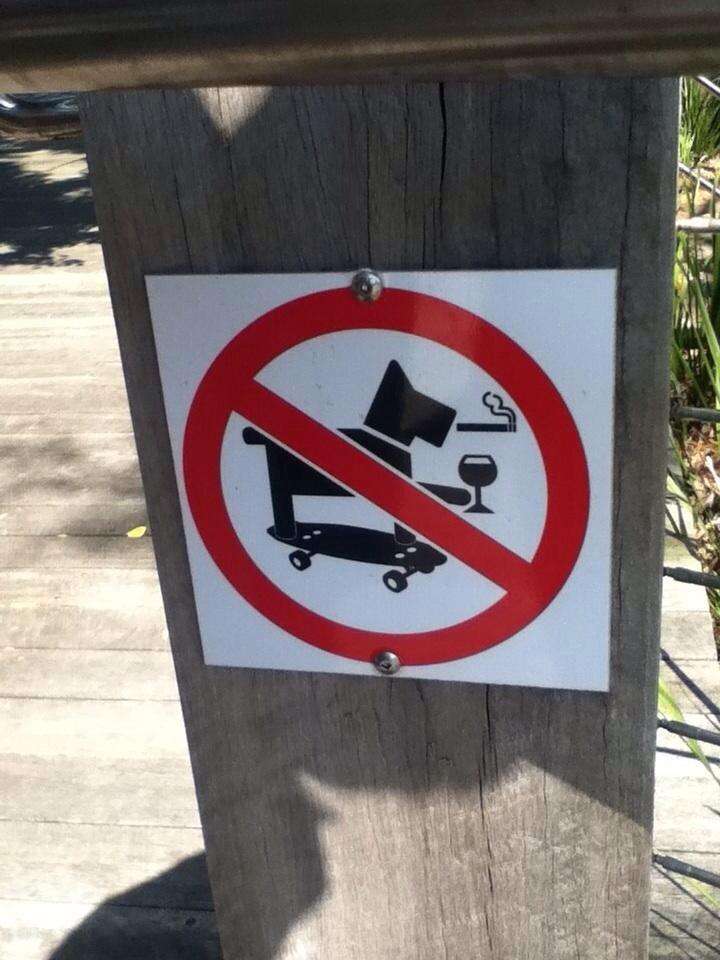 cartel prohibitivo