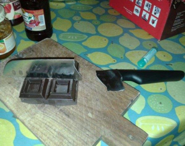 chocolate cuchillo partido