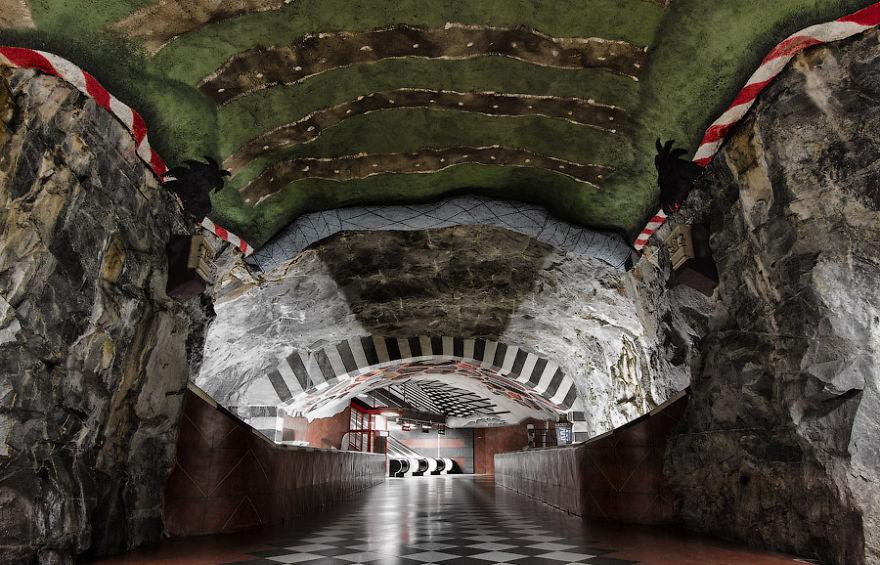 estaciones de Metro alucinantes 21