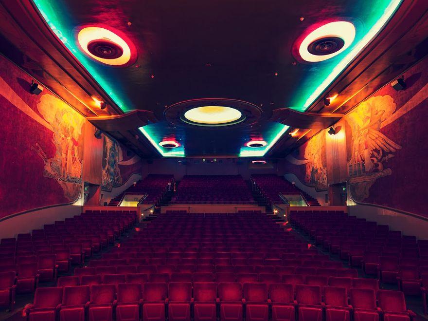 cines atipicos 13