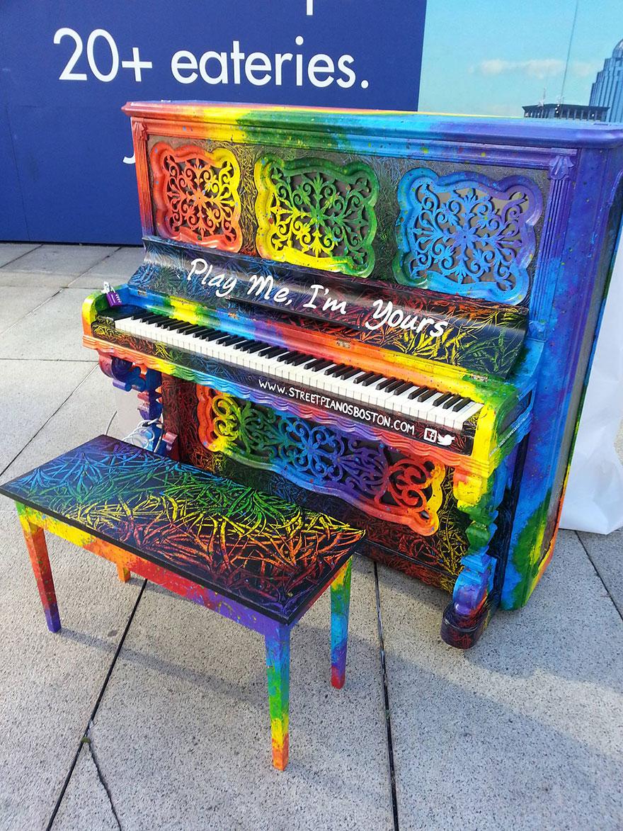 pianos pintados en plena calle 4