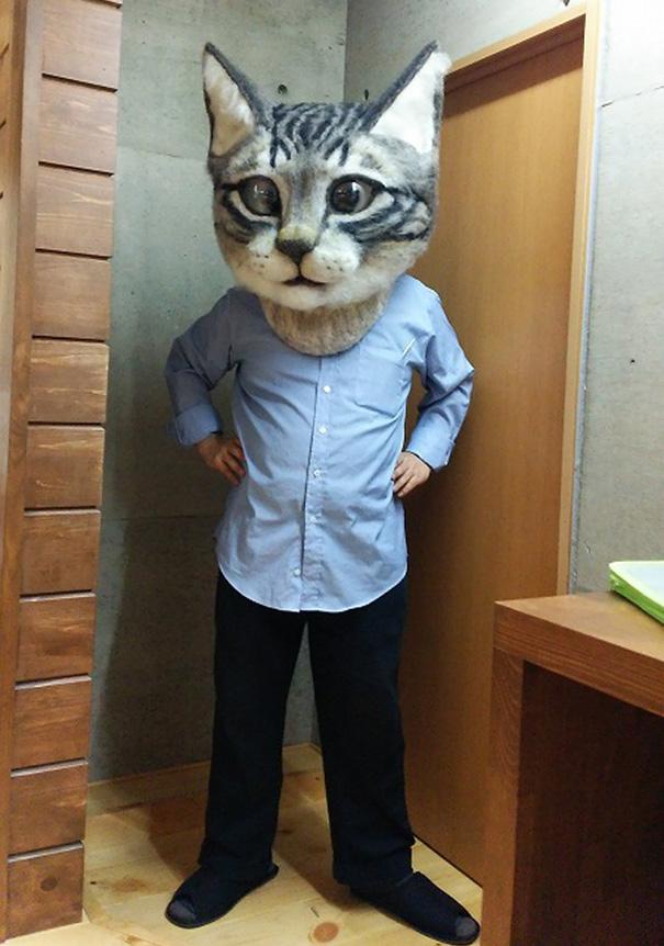 cabeza de gato gigante