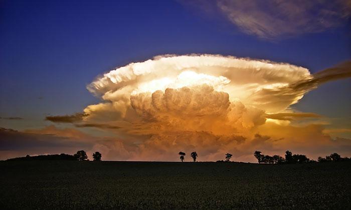 nubes enigmaticas