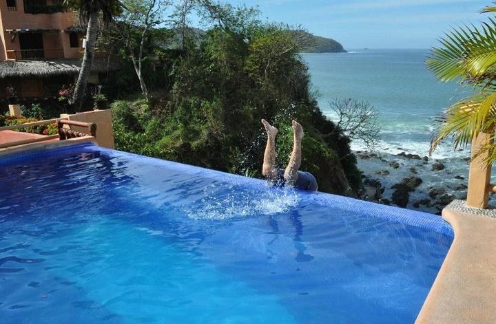 Lo malo de las piscinas desbordantes for Piscinas desbordantes precios