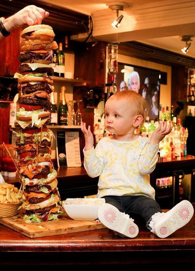 hamburguesa de mas de 20 pisos