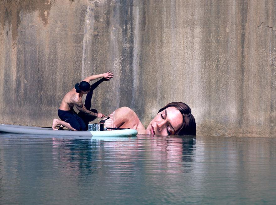 pintor tabla de surf