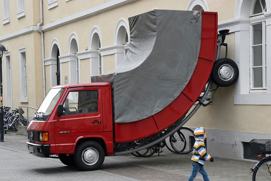 escultura multada 2