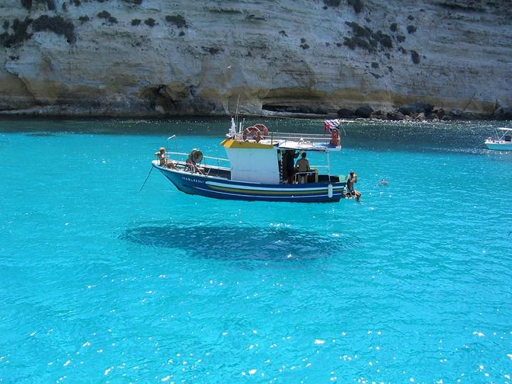 barca flotante