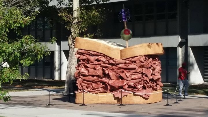 monumento al bacon