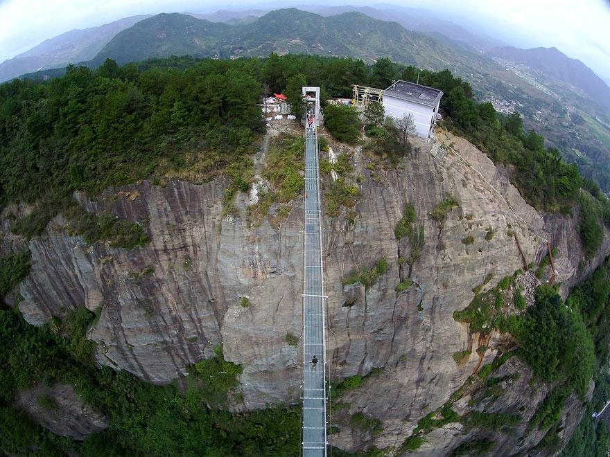 puente de cristal 7