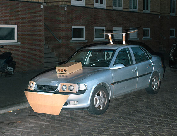 coches tuneados con carton 1