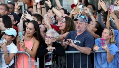 gente sin smartphone