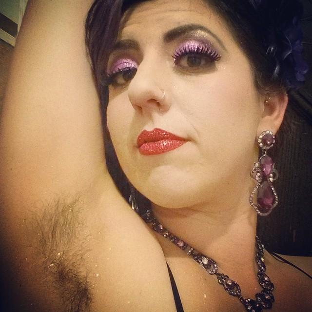 sobacos peludos purpurina 10