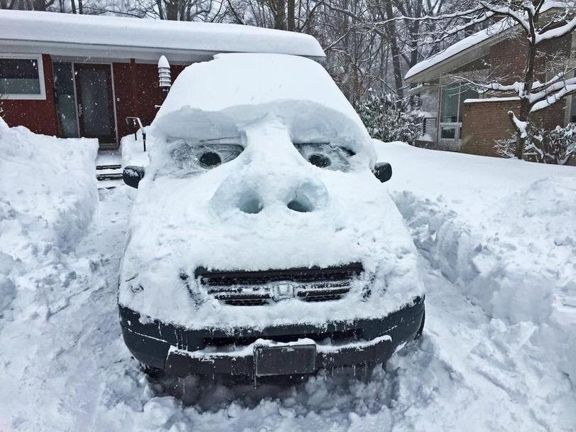 coche con cara