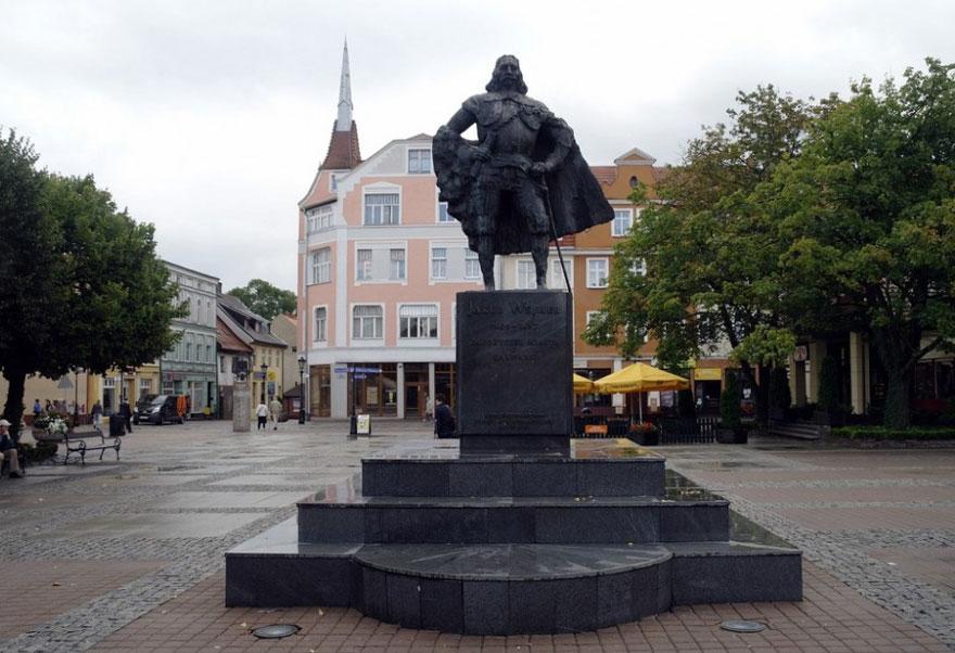 estatua darth vader 1