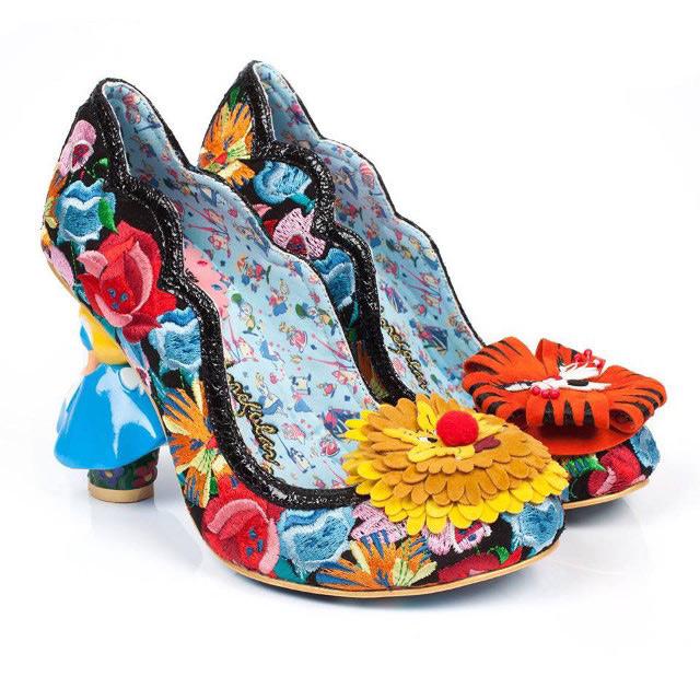 zapatos Alicia en el Pais de las Maravillas 3