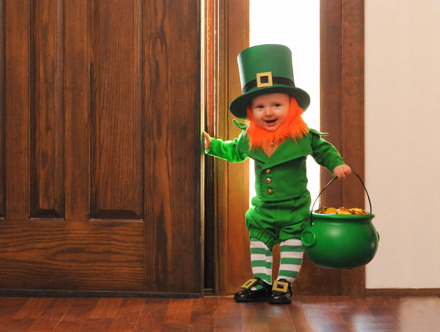 Bebé disfrazado de leprechaun para el Día de San Patricio c4c4b028d3f