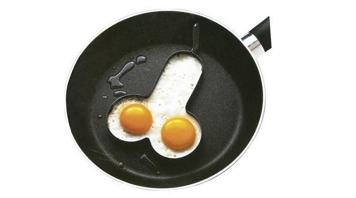 cocinar un par de huevos