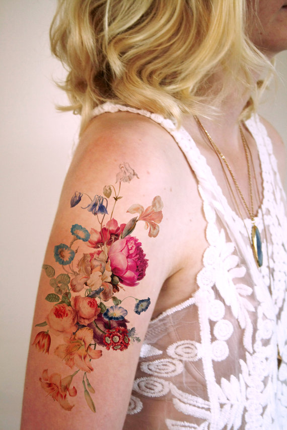 tatuajes flores dibujadas 1