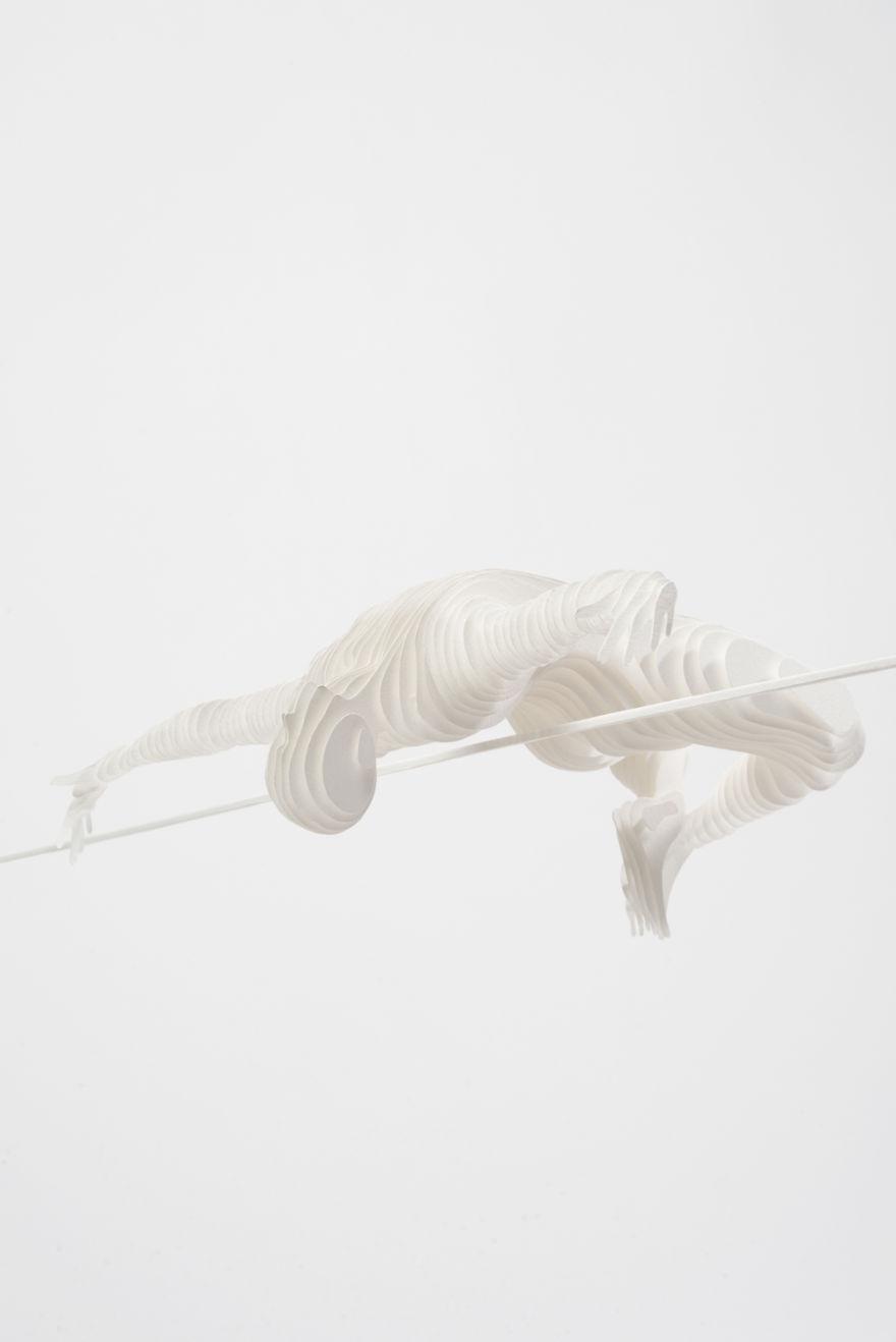 atletas hechos con papel acodado 4