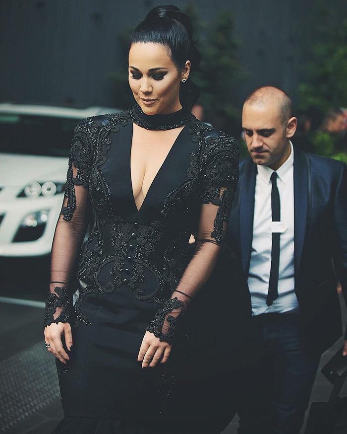 vestidos de boda negros 7