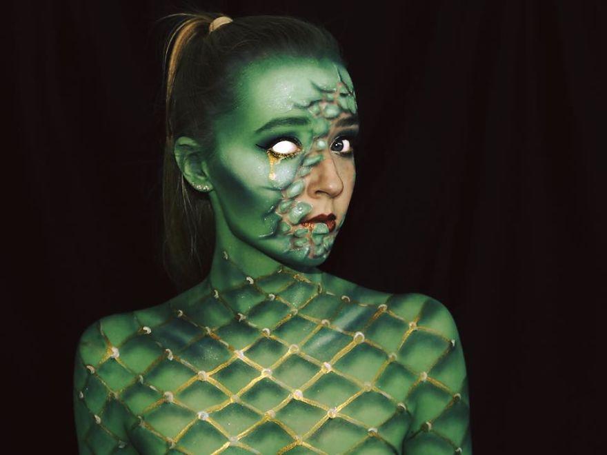 maquillaje aterrador 12