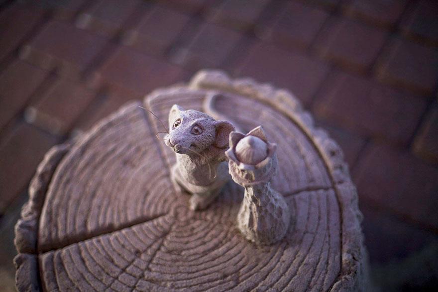 escultura arena elefante raton 6