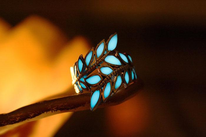 joyas que brillan en la oscuridad 4