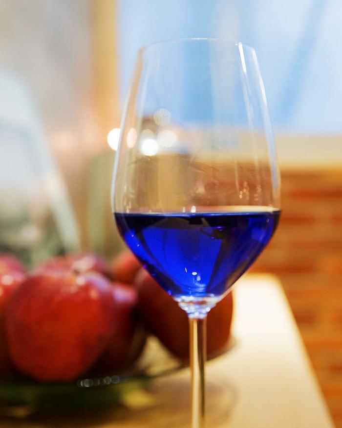 vino azul 2