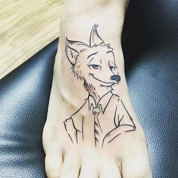 tatuaje minimalista Disney 3