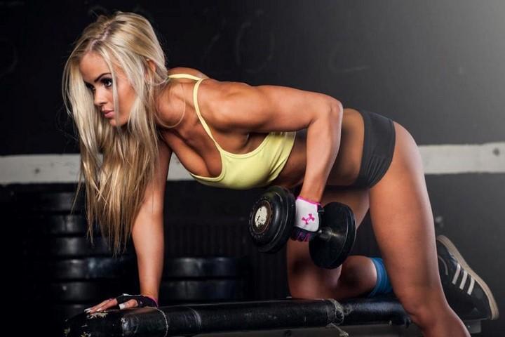 mujer-musculosa-1