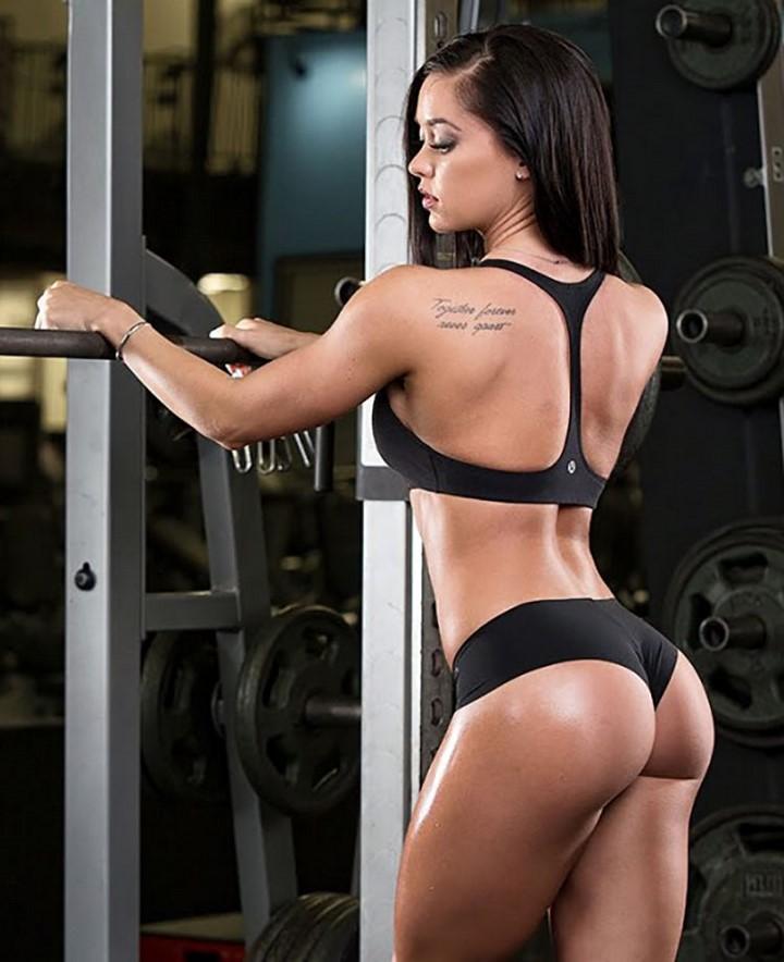 mujer-musculosa-10