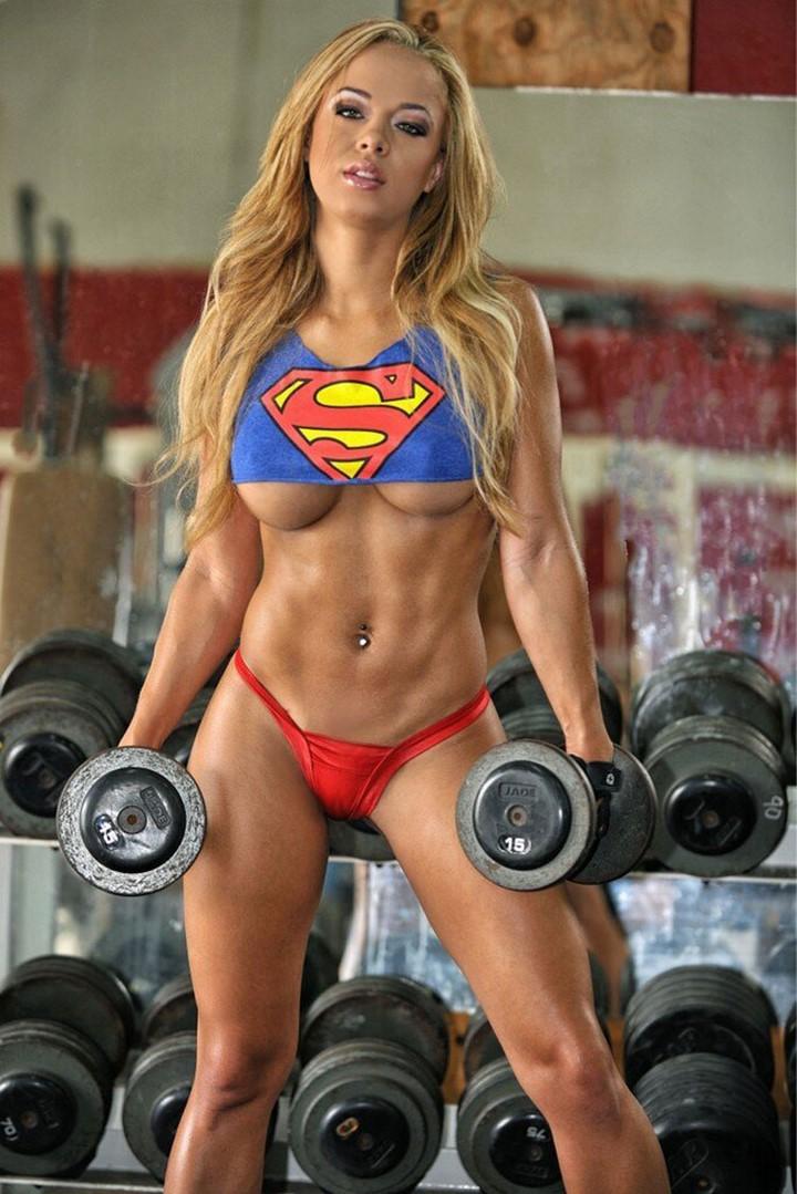 mujer-musculosa-5