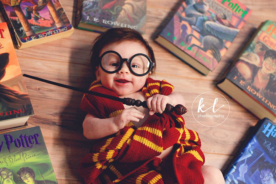 2957c547cf Bebé convertido en Harry Potter - Donvago.com
