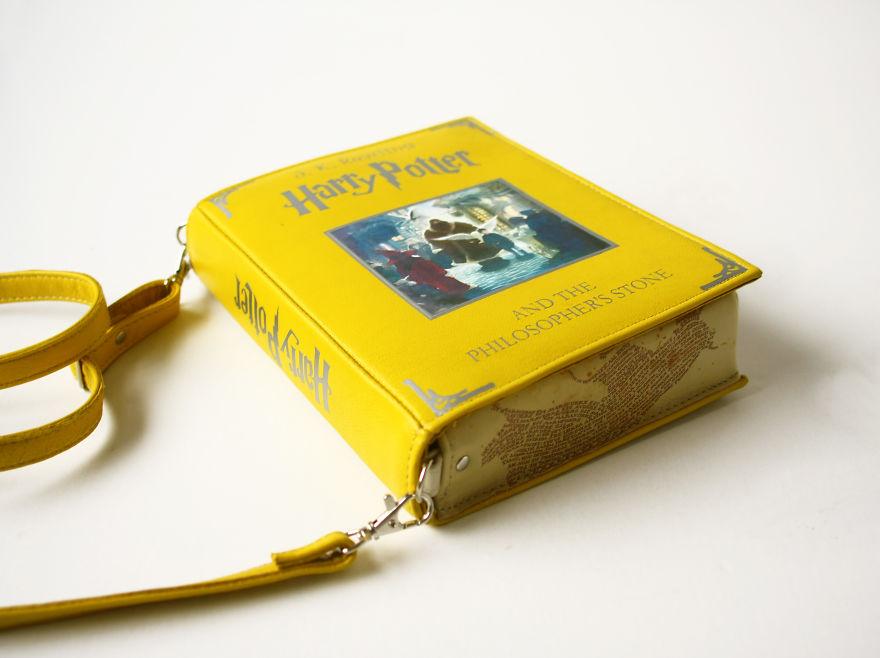 bolsos-con-forma-de-libro-1