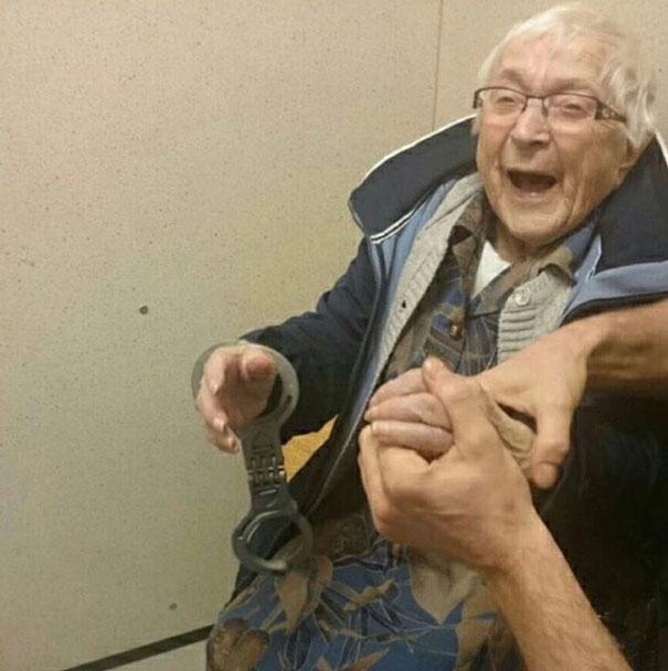 Annie-abuela