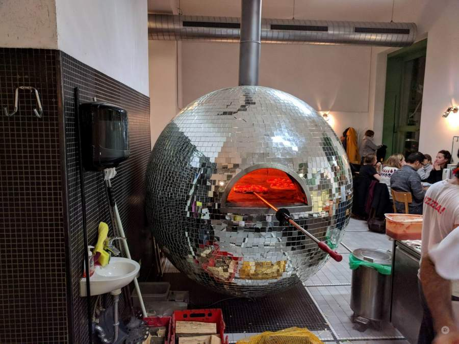 horno-bola-de-discoteca
